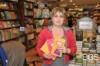 firma d'autore con Elena Mora