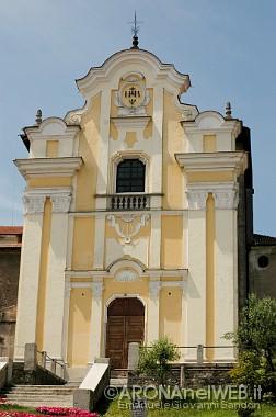 facciata della Chiesa dei Santi Martiri o San Graziano
