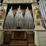 Chiesa di Santa Maria - organo, registri e tastiera