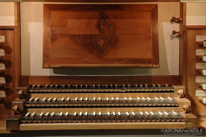 Chiesa di Santa Maria - organo, particolare tastiera