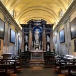 Chiesa di Santa Marta - altare e frontale casa