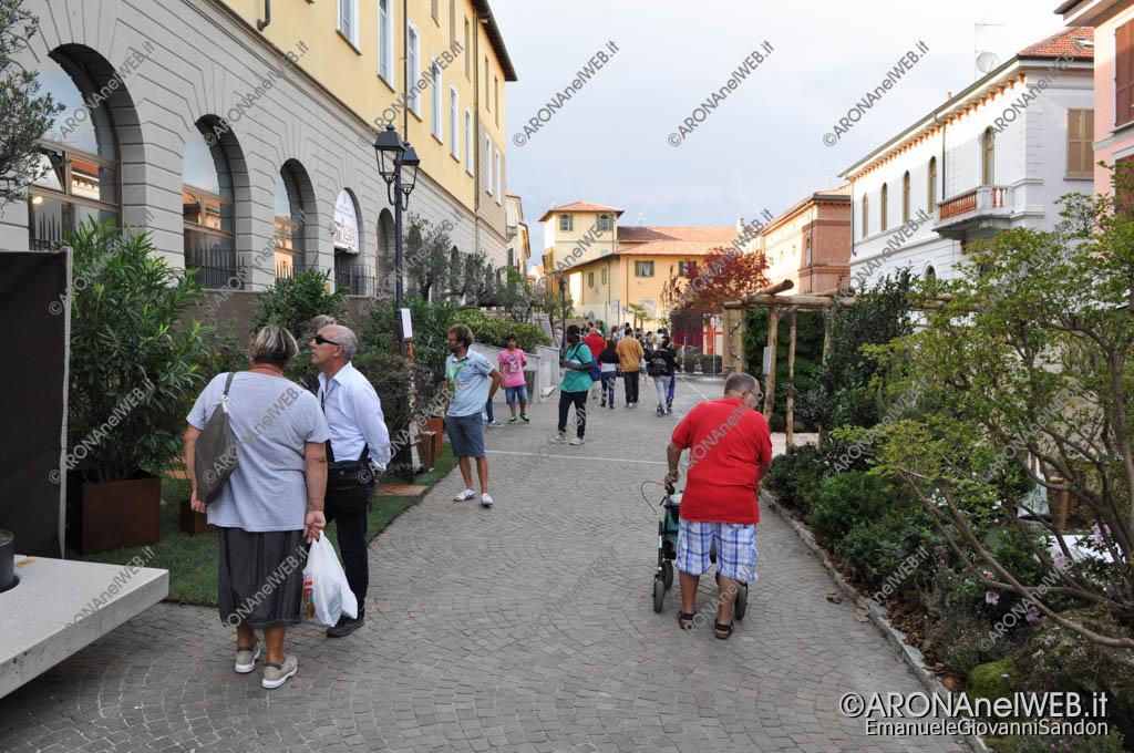 EGS2015_30300   TRIdesign in Piazza San Graziano