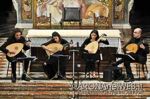 Concertoperlimmacolata_LiutiMilano_InsulaeHarmonicae_Arona_20151205_EGS2015_37894_s