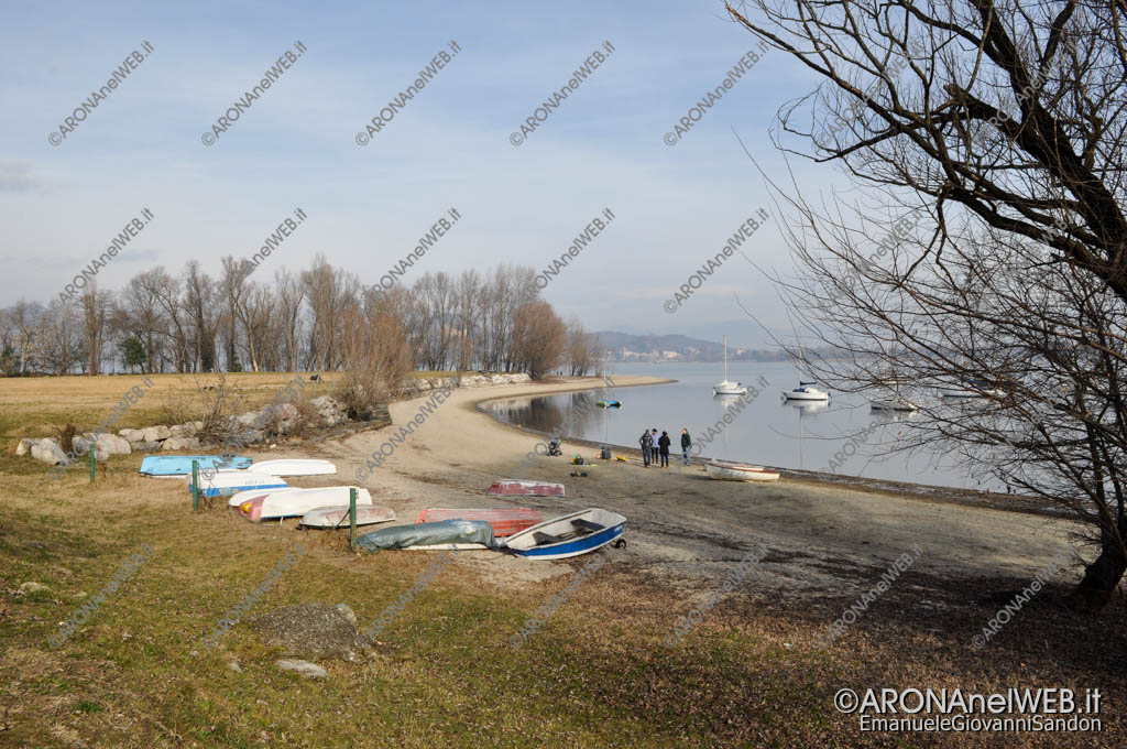 """EGS2016_02029   La """"spiaggia"""" in punta Vevera"""