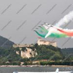 EGS2016_18369 | Frecce Tricolori sullo sfondo del Castello di Angera