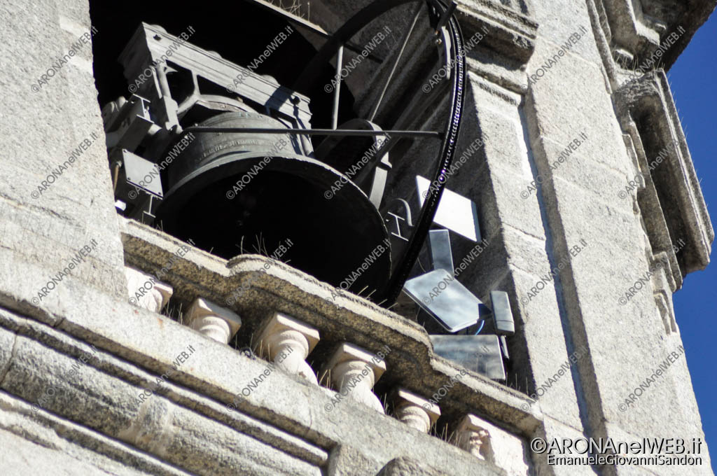 EGS2016_33118 | 16.10.2016 - Vista verso il palazzo comunale dal vicolo tra le due chiese