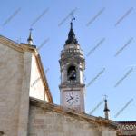 EGS2016_33120   16.10.2016 - Vista del campanile dal sagrato della chiesa unico lato senza antenne