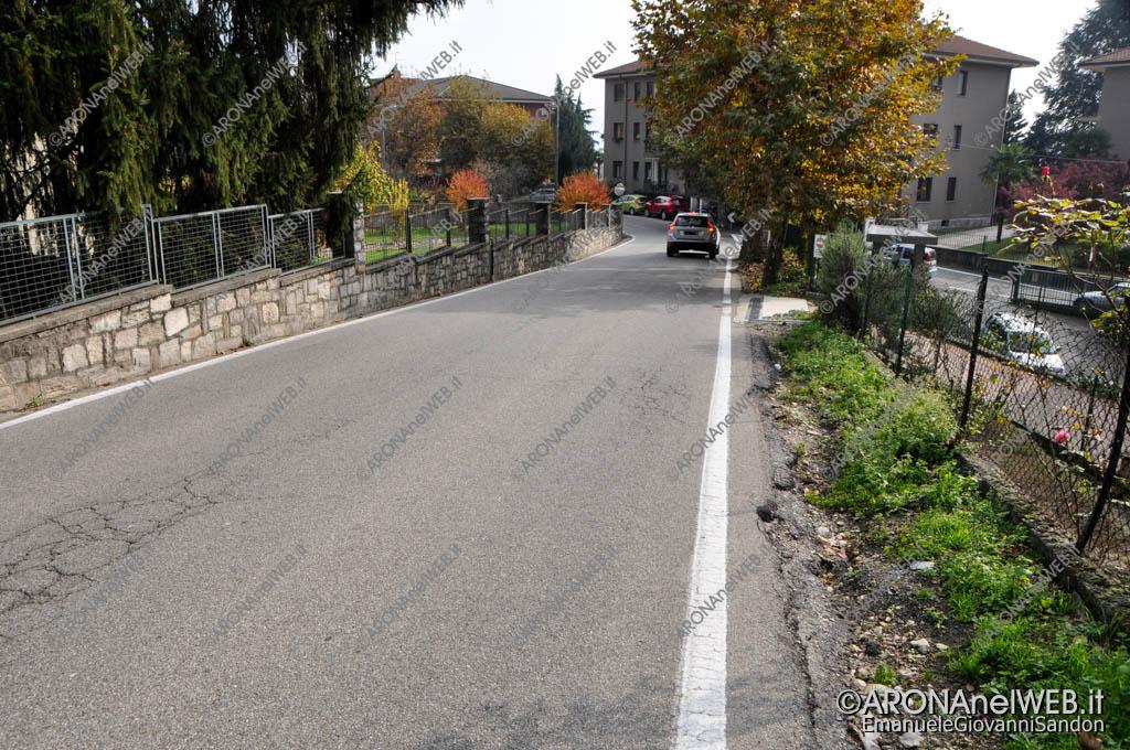 EGS2016_34442 | Via Partigiani, assenza di marciapiedi