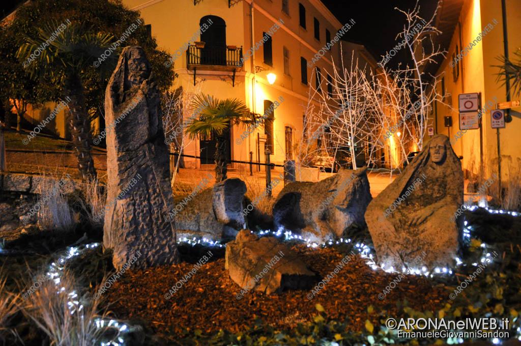 EGS2016_38362 | Presepe in pietra in piazza San Graziano