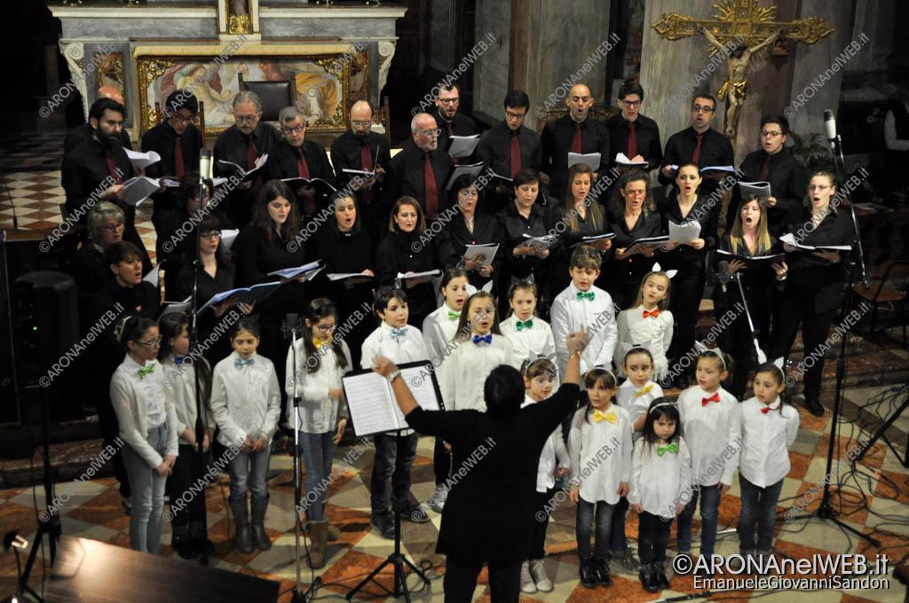 EGS2017_04907   Il coro San Giorgio con i San Giorgini