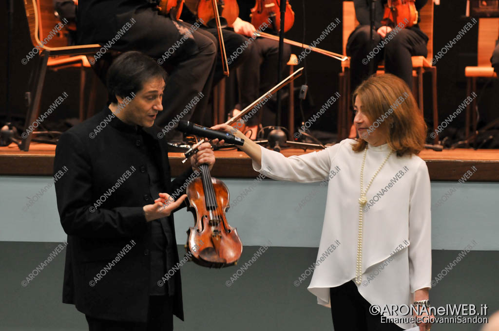 EGS2017_05973   Guido Rimonda illustra il suo Stradivari