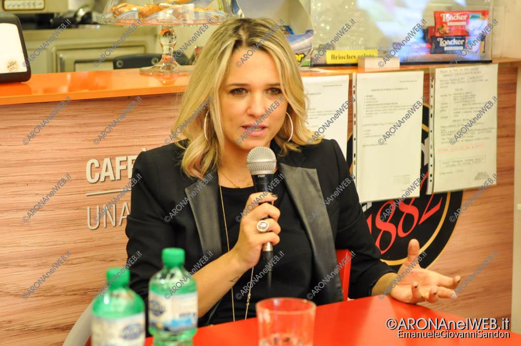 EGS2017_13221   Francesca Barra alla Feltrinelli Point di Arona