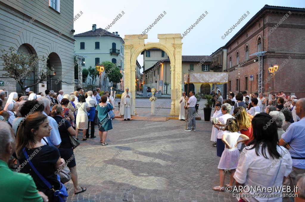 EGS2017_18067 | Processione del Corpus Domini con sosta all'arco di Palmira in piazza San Graziano