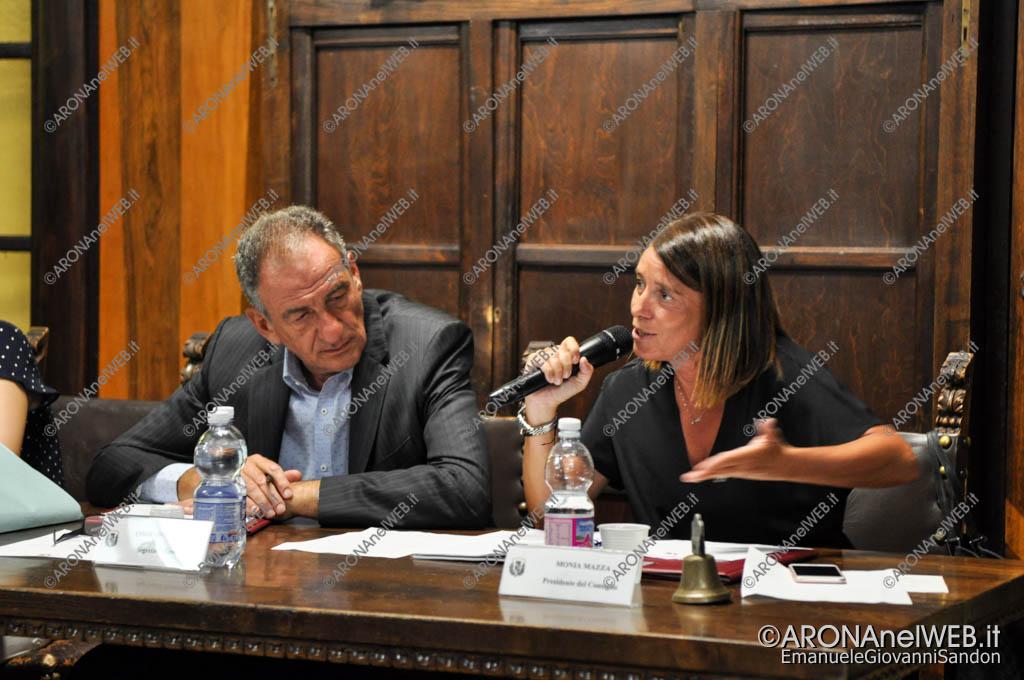 EGS2017_24781   Il dott. Corrado Zanetta e la presidente del consiglio Monia Mazza