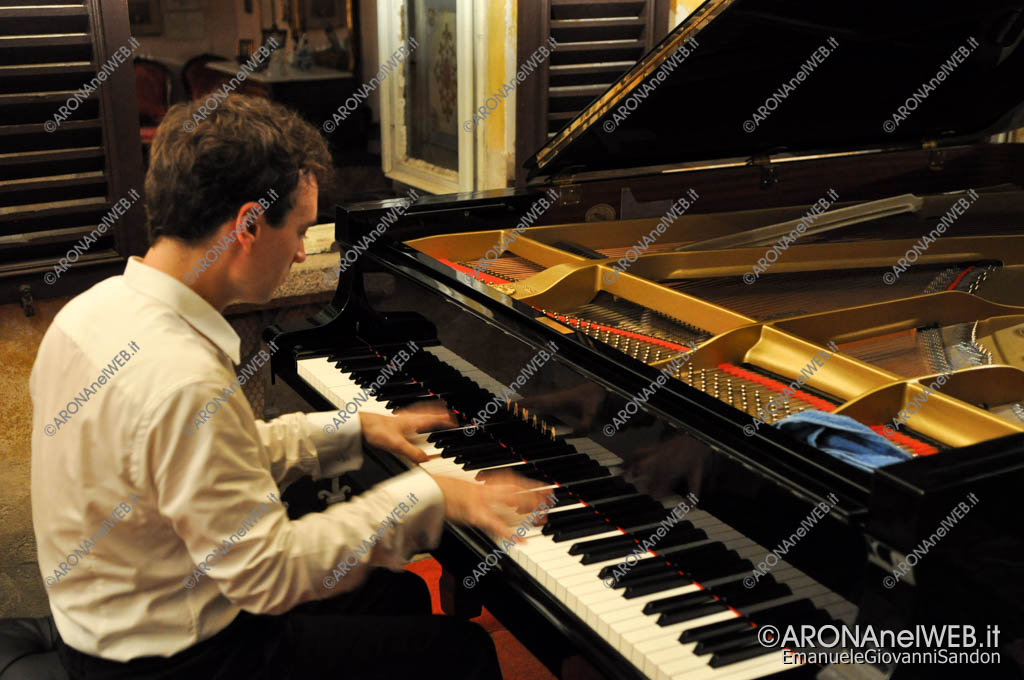 EGS2017_25744   Jonathan Fournel al pianoforte