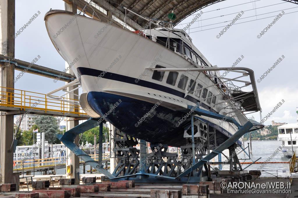 EGS2017_30460   Aliscafo in manutenzione al cantiere nautico della Navigazione Lago Maggiore di Arona