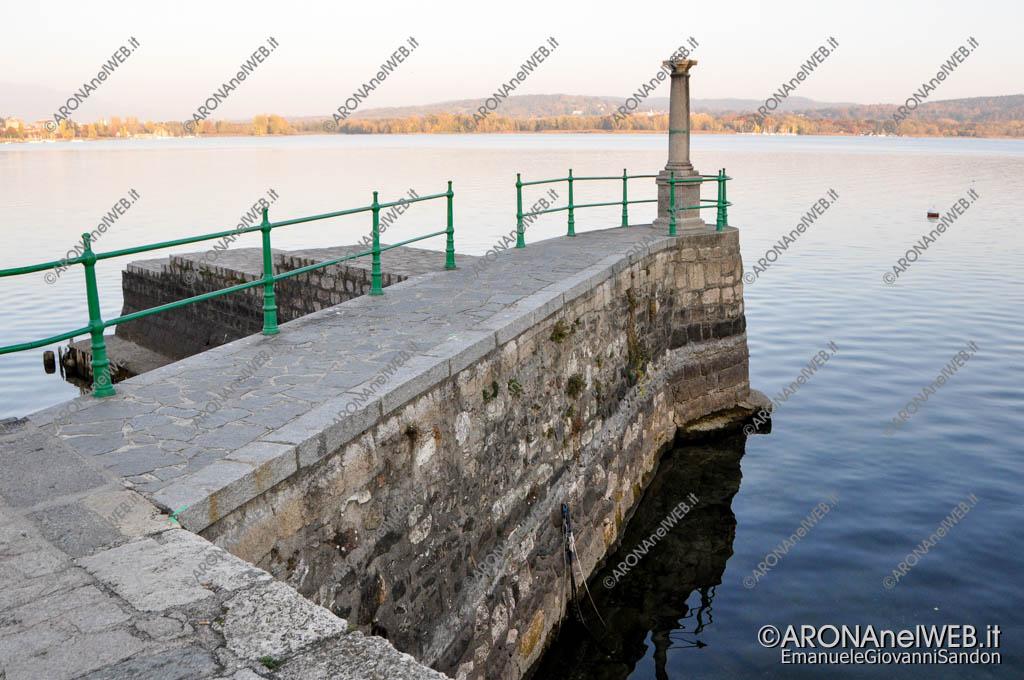 EGS2017_36084 | Porticciolo Piazza del Popolo - 03.11.2017 Siccità Lago Maggiore 192.82m