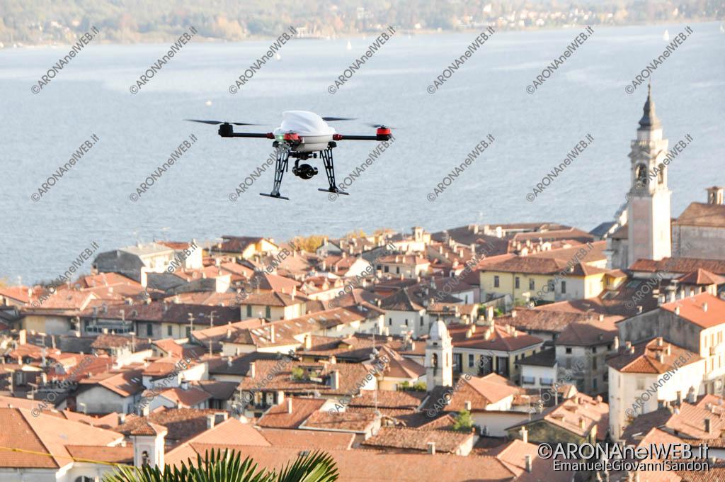 EGS2017_37075 | Drone Cri Arona in sorvolo sulla Rocca di Arona
