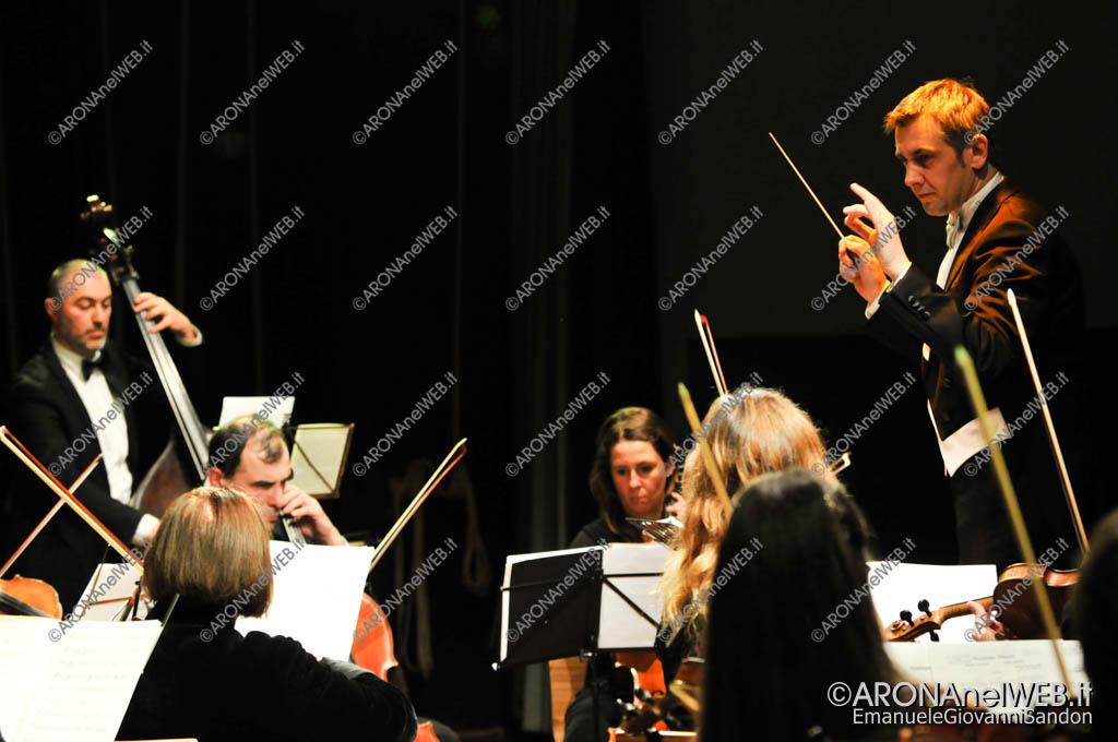 EGS2018_00144 | M° Vito Lo Re dirige l'Orchestra Sinfolario