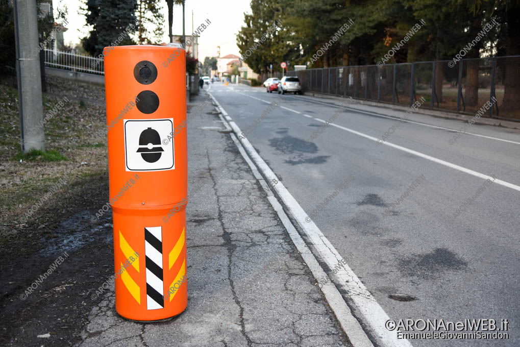 EGS2018_01683 | Velo ok - colonnina autovelox in via General Chinotto