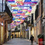 EGS2018_03442 | Gli ombrelli sospesi nel corso Cavour ad Arona
