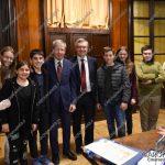 EGS2018_05314 | Alessandro Barbero con gli alunni della scuola media dell'Istituto Marcelline di Arona
