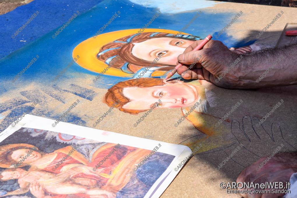 EGS2018_16873 | I Madonnari di Bergamo riproducono il dipinto della Madonna della Cintura