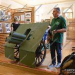 """EGS2018_17660   Il cannone restaurato del monumento agli alpini alla mostra """"A 100 anni dalla Grande Guerra – immagini e memorie"""""""