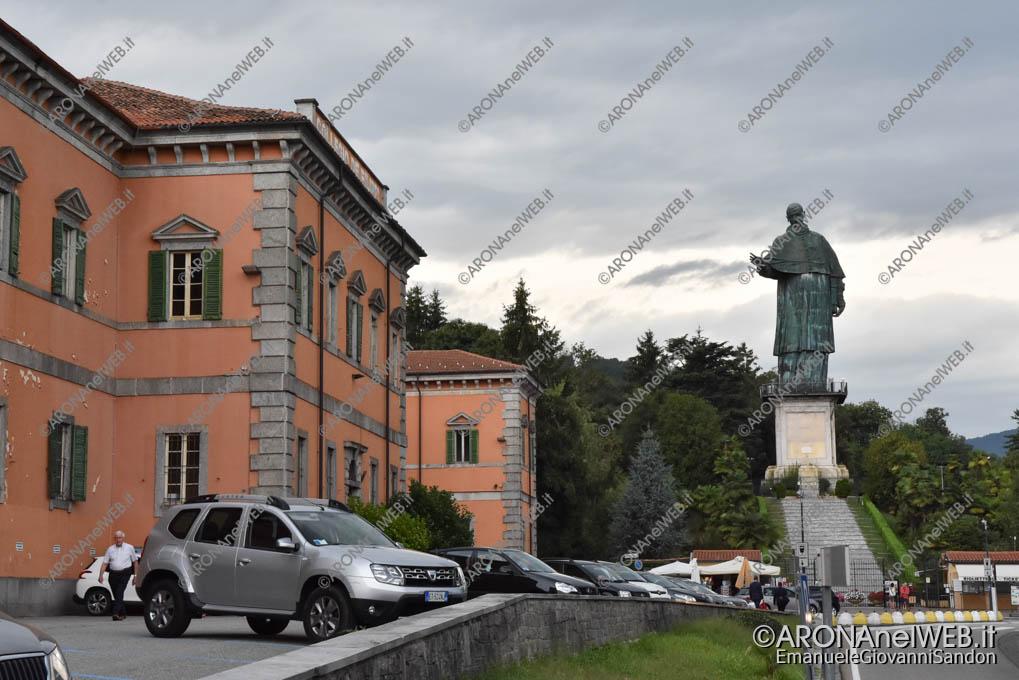EGS2018_27577 | Colle di San Carlo, la statua e il Collegio De Filippi