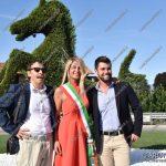 EGS2018_34097   Il progettista prof. Gioacchino Minafò con Mori Fabio dello studio agrotecnico di Ispra e il sindaco Lorena Vedovato