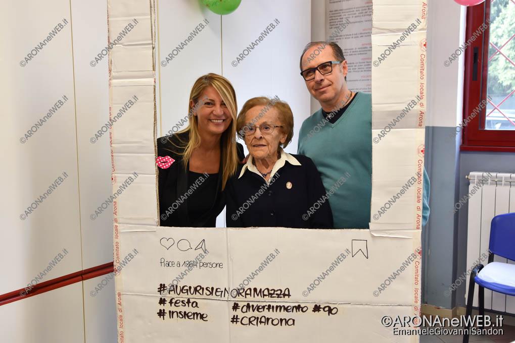 EGS2018_35199   Alma Mazza con il sindaco di Dormelletto Lorena Vedovato e il presidente della Cri Michele Giovannetti