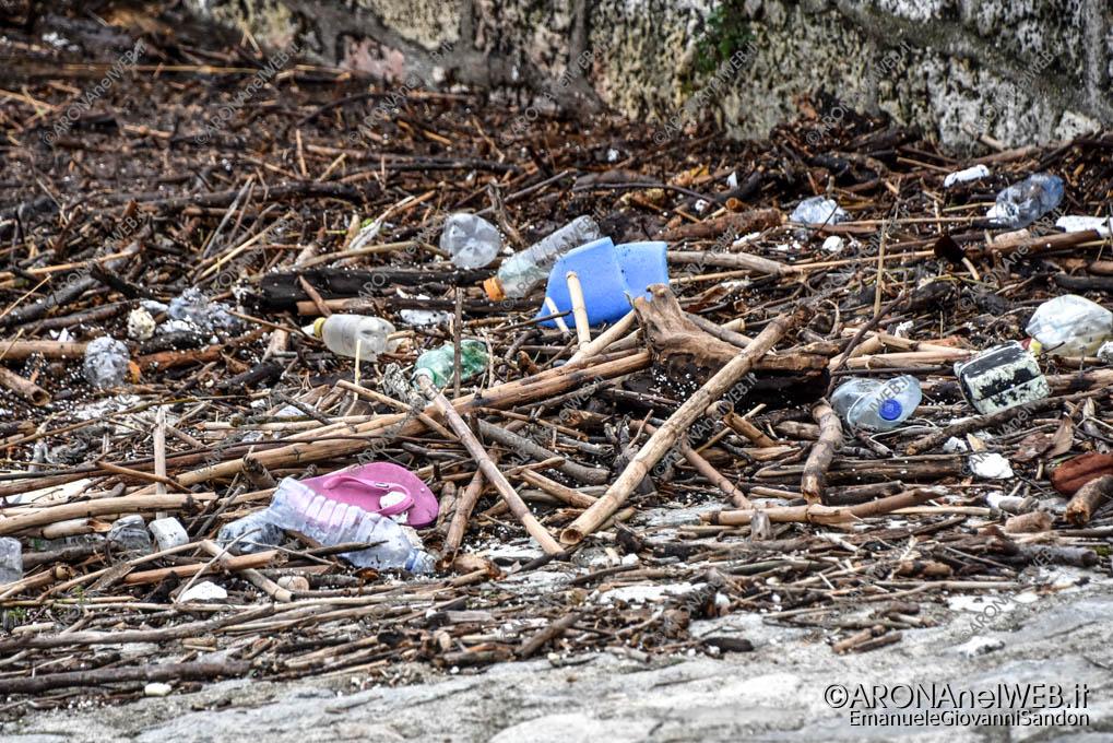 EGS2018_38209 | 02.11.2018 - Beach litter in Piazza del Popolo