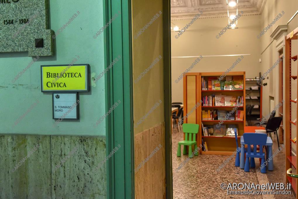 EGS2018_39010 | La micro-biblioteca aperta nella sala Tommaso Moro del Comune di Arona