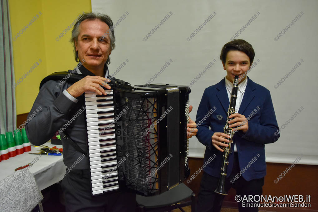 EGS2018_41681   Maestro Mario Milani alla fisarmonica con Albino al clarinetto