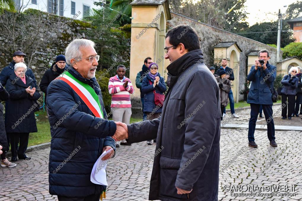 EGS2018_42107   Il saluto con il sindaco di Lesa, Roberto Grignoli