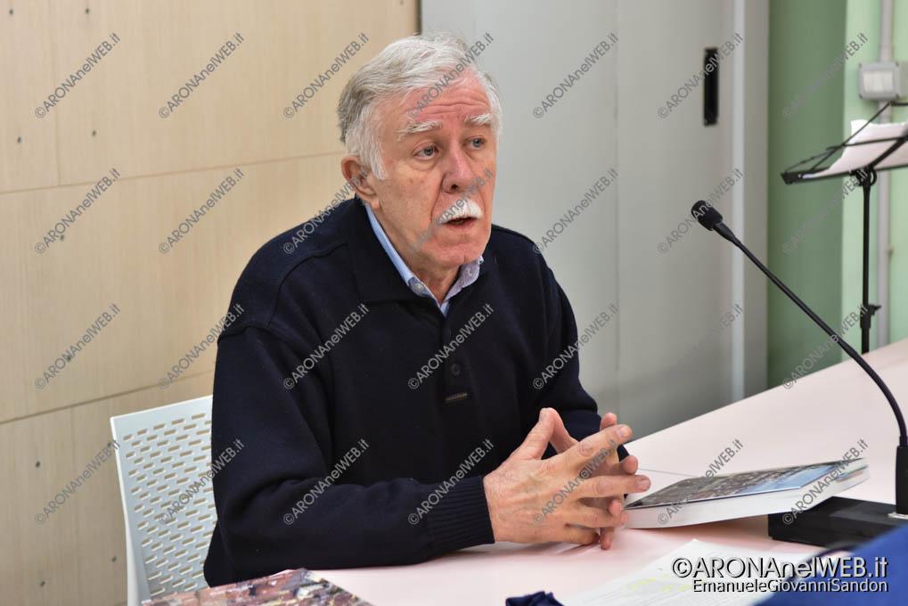 EGS2019_01417 | Incontro con Carlo Manni - La Notte Nazionale del Liceo Classico al Fermi di Arona