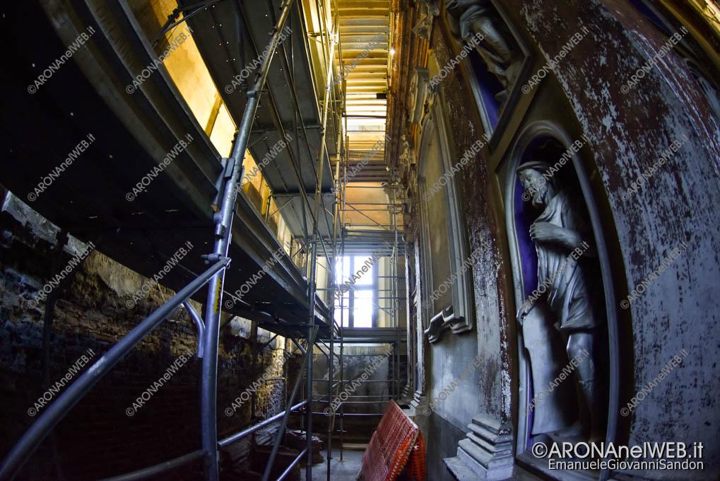 EGS2019_06797 | Allestito il ponteggio nella Chiesa di Santa Marta ad Arona