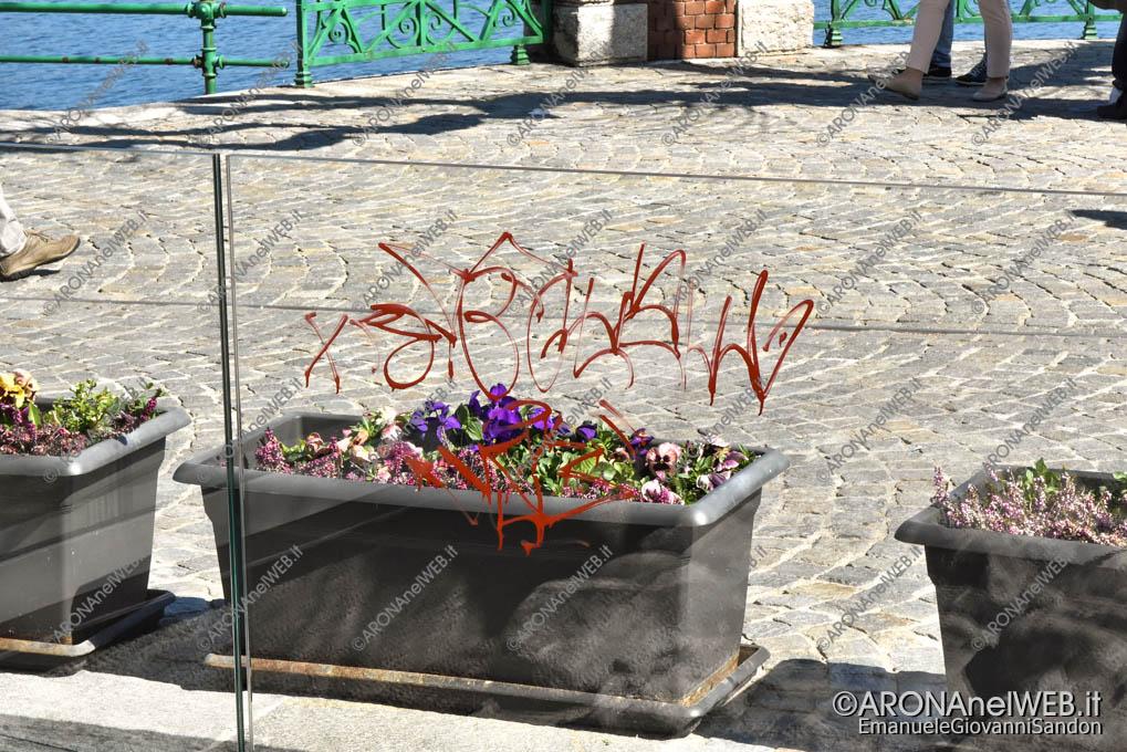 EGS2019_08104 | 24.03.2019 - Torre Canziana, graffiti sui vetri