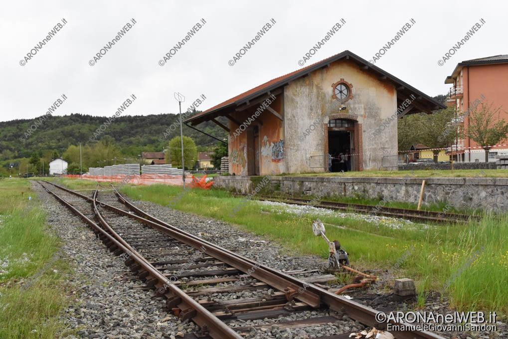 EGS2019_13718 | Il deposito merci della stazione di Comignago