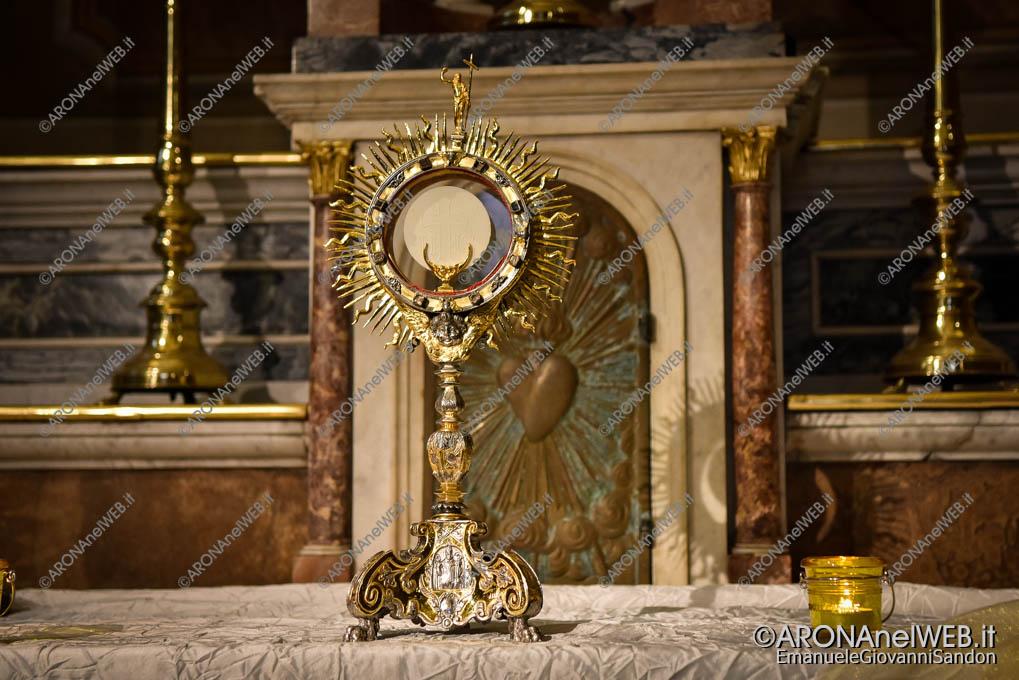 EGS2019_14934 | Esposizione del Santissimo Sacramento - Luce nella Notte nella Chiesa di Sant'Anna ad Arona