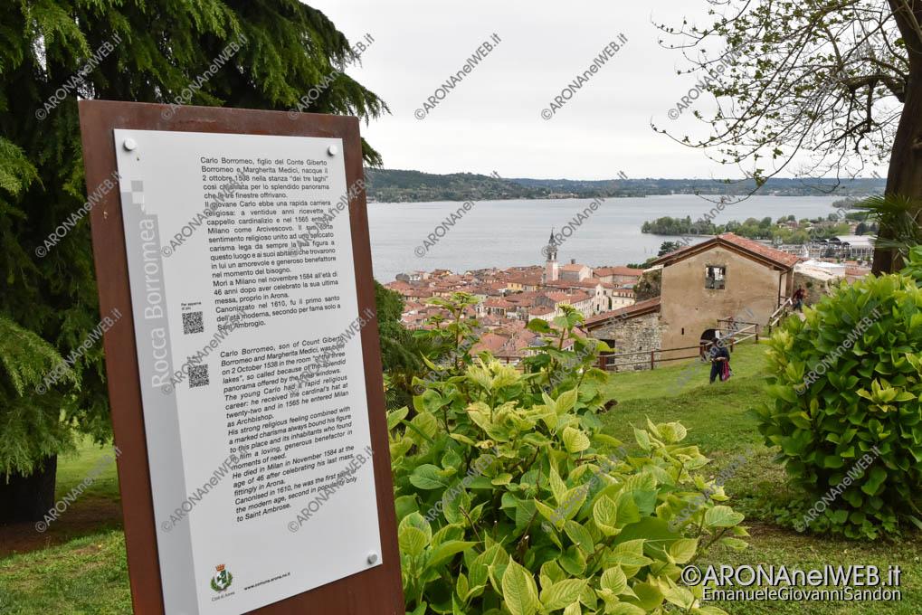 EGS2019_15056 | I pannelli informativi alla Rocca di Arona