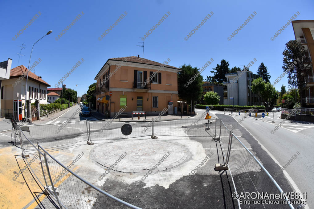 EGS2019_19402 | Via Roma angolo via Turati