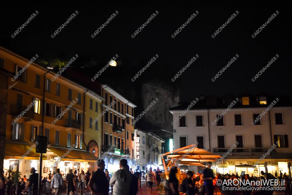 EGS2019_26488 | La luna vista da Piazza del Popolo