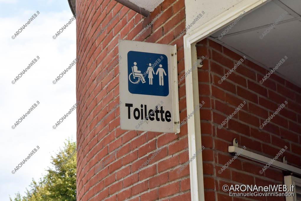 EGS2019_29043 | Toilette autopulente all'ufficio turistico