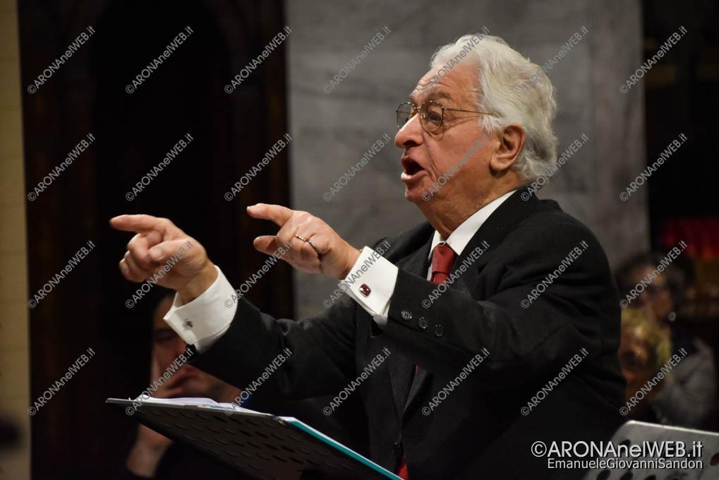 EGS2019_38958 | Giuseppe Agostini dirige la Schola Cantorum Lorenzo Perosi di Arona