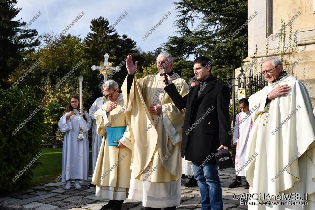 EGS2019_39785 | Benedizione sotto la statua - Festa di San Carlo 2019