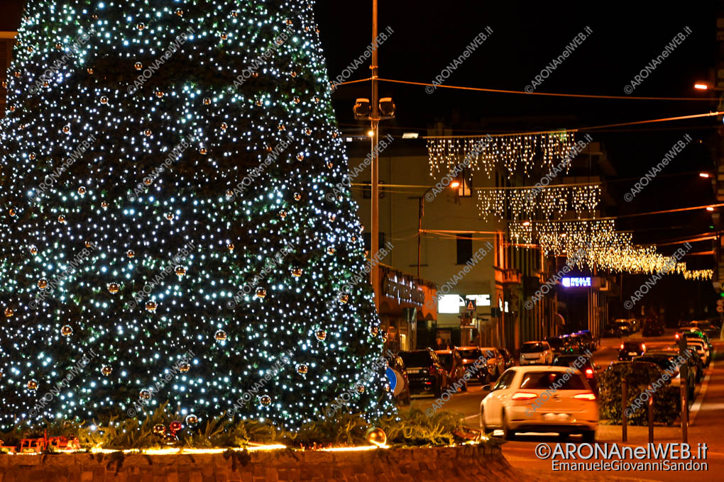 EGS2019_43827 | Luminarie Natale 2019 Corso Repubblica - Via Matteotti ad Arona