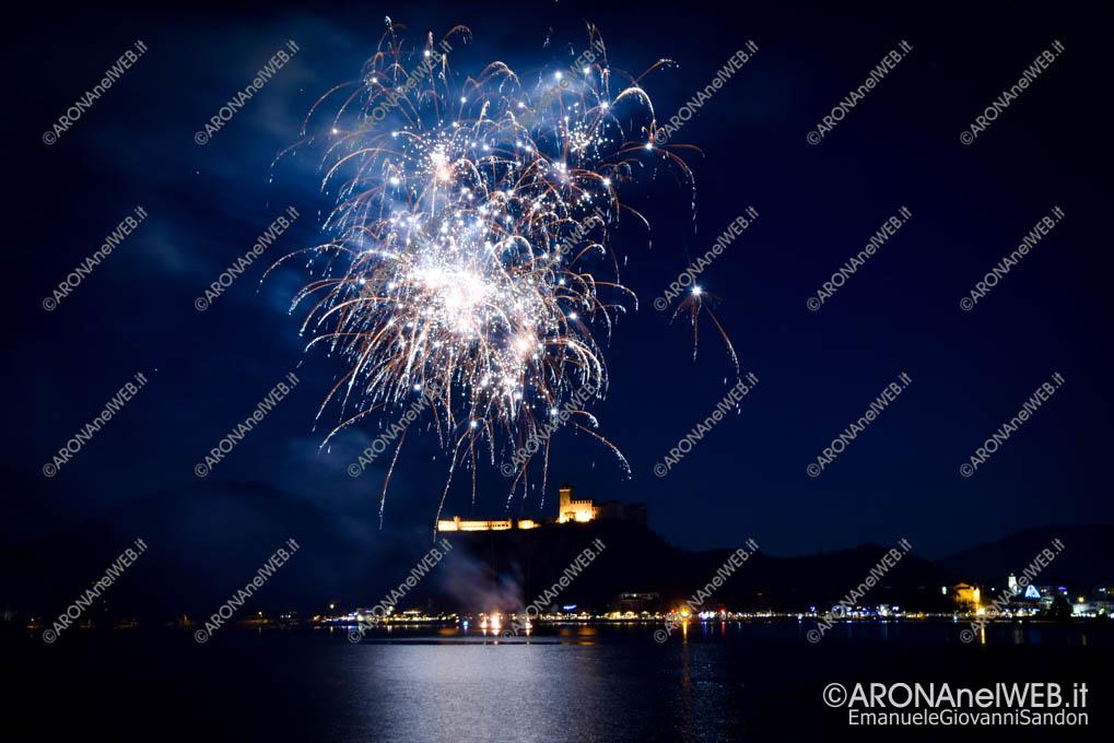 EGS2019_42650   Luci a Natale – Spettacolo di fuochi d'artificio