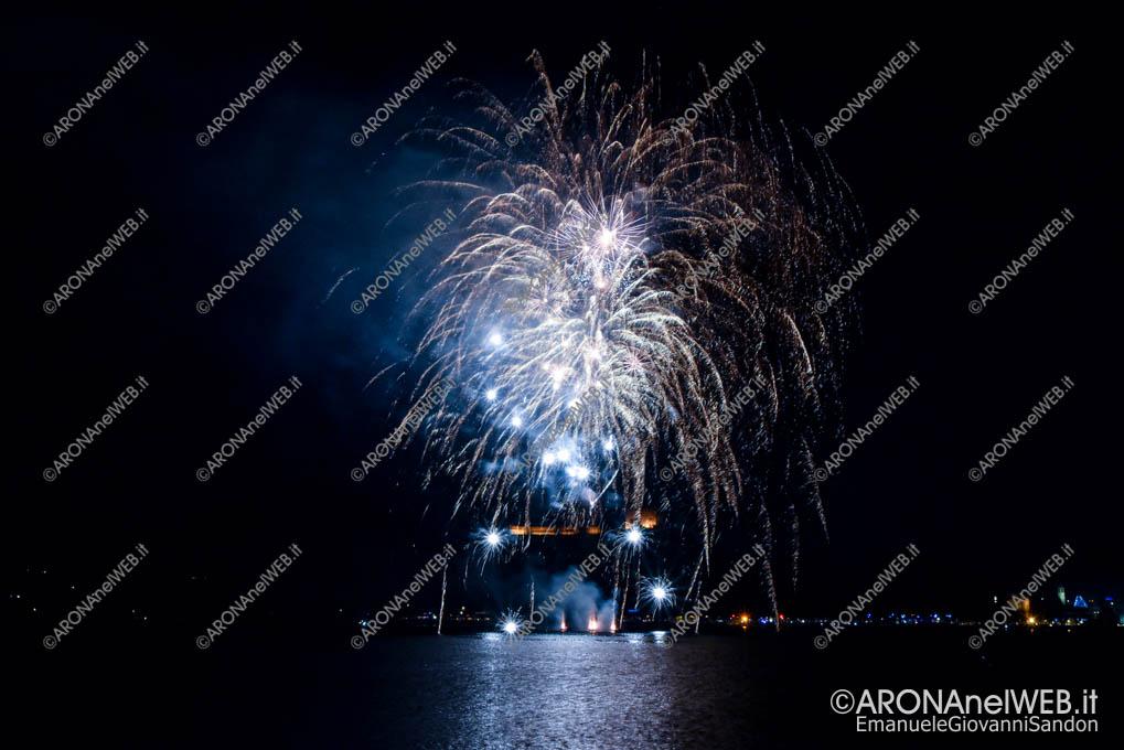 EGS2019_42721   Luci a Natale – Spettacolo di fuochi d'artificio
