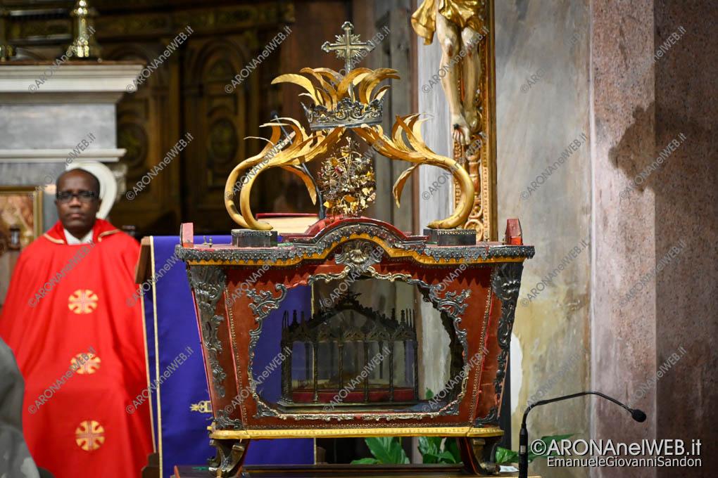 EGS2020_04276 | 13 marzo 2020, Celebrazione per la Festa dei Santi Martiri - urna dei martiri Carpoforo e Fedele